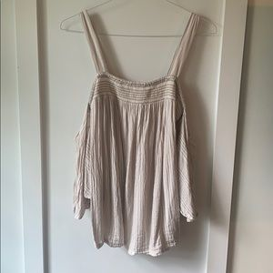 Brand new Jessica Simpson off the shoulder shirt